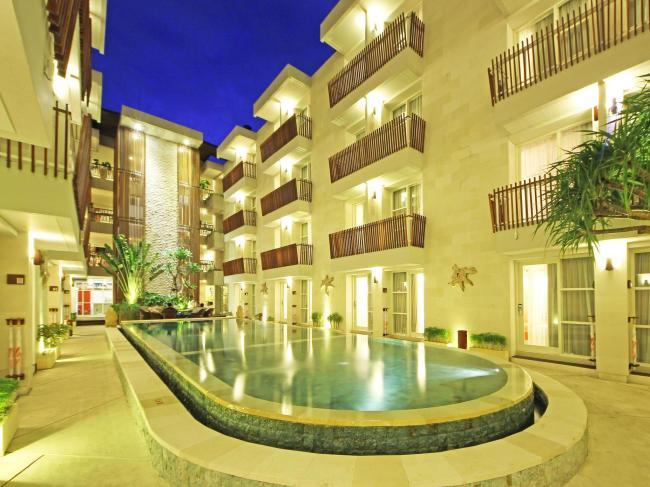Adhi Jaya Sunset Road Hotel