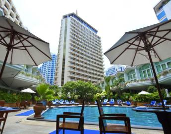where-to-stay-in-bangkok-dusit-thani