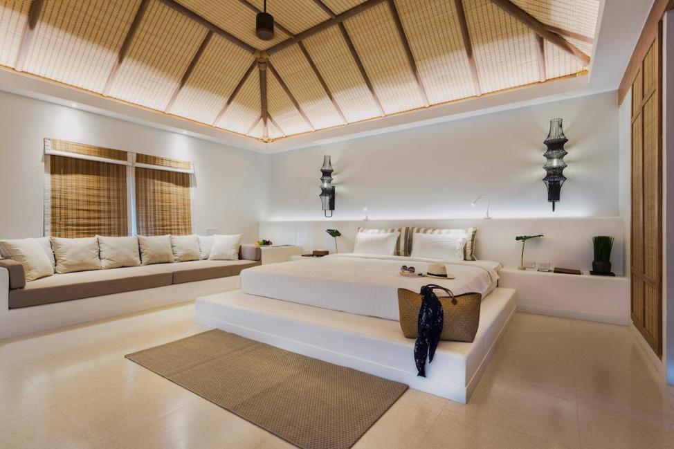 オーシャンビュー ヴィラ - 客室内ベッド