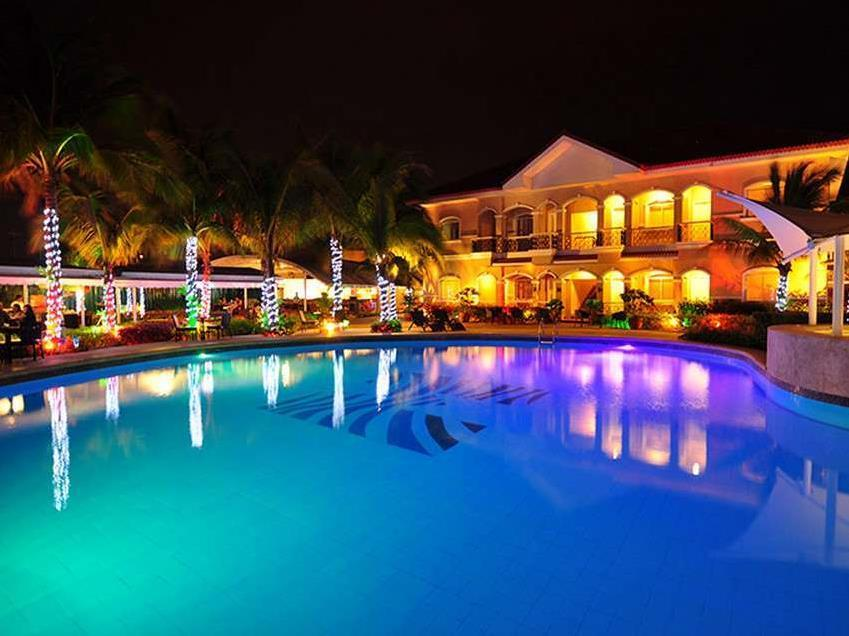 Moonbay Marina Leisure Resort - one of the top beach resorts in zambales with pool