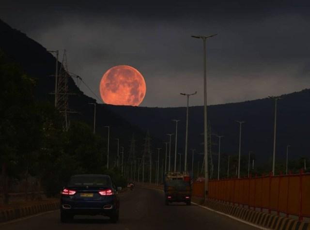 giant pink moon