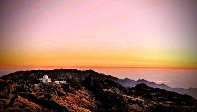 Sunrise in Mount Abu