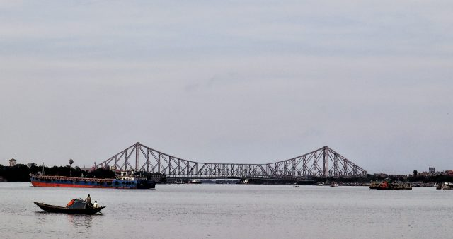 howrah bridge and hoogly river view