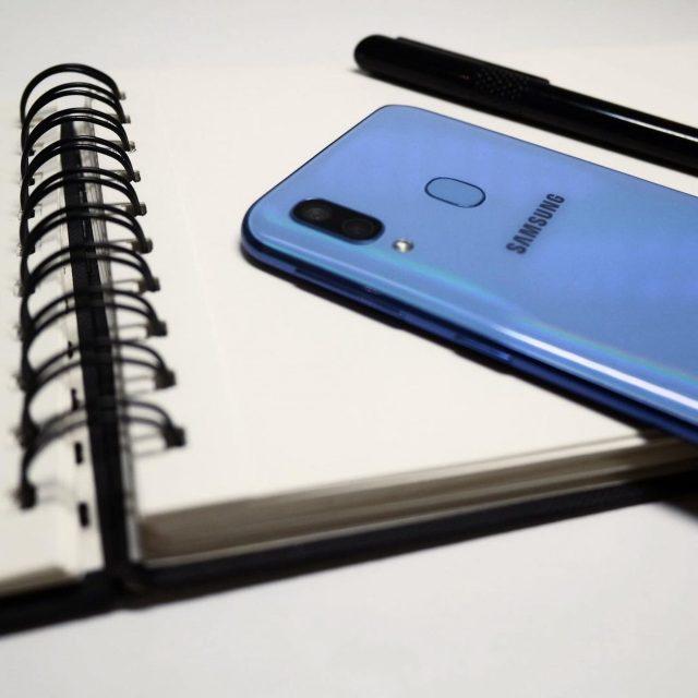 mobile, diary, pen