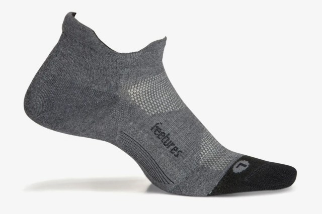 Feetures Elite Max Cushion No Show Tab Athletic Running Socks for Men and Women