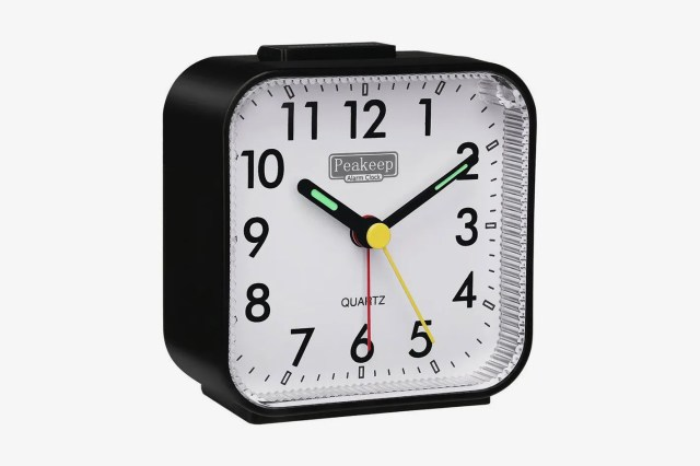 Peakeep Small Battery Operated Analog Travel Alarm Clock
