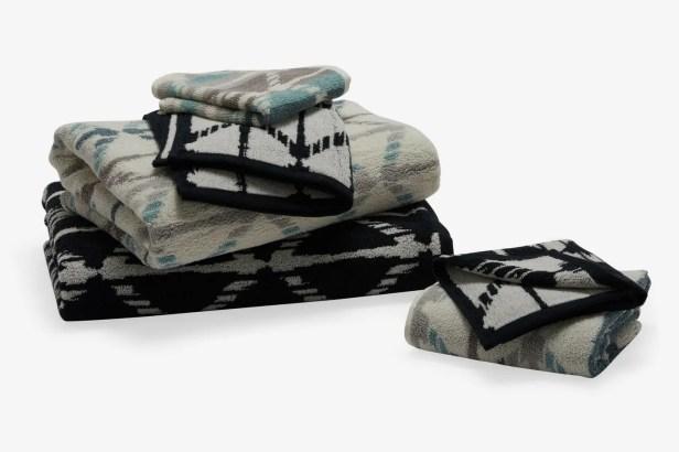 MoDRN Geo Print Hemp Bath Towel Set
