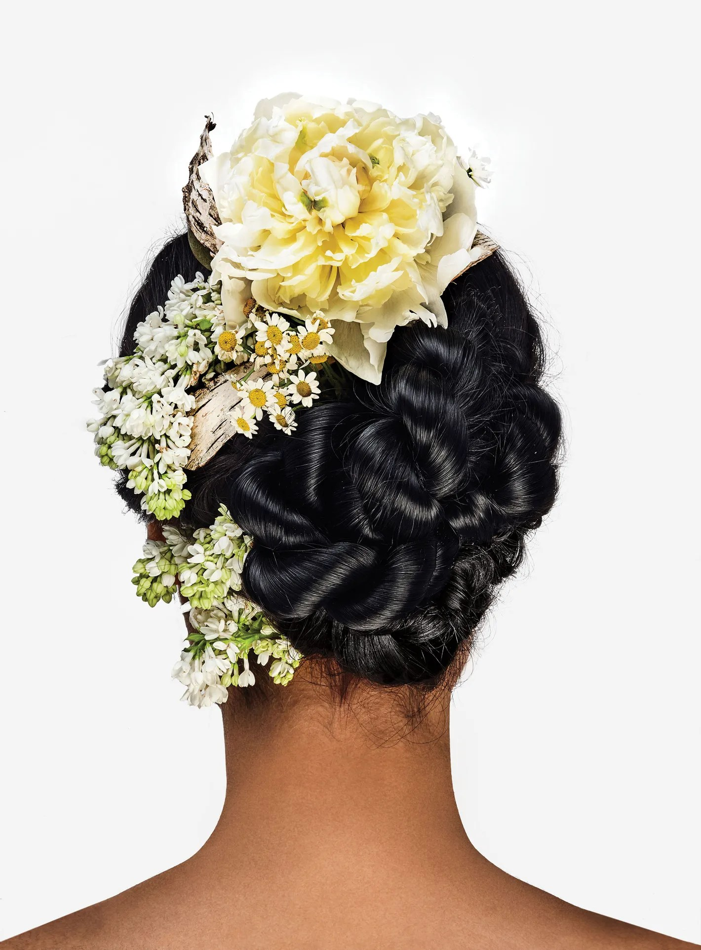 5 Ways To Wear Flowers In Your Hair Without Looking Like A