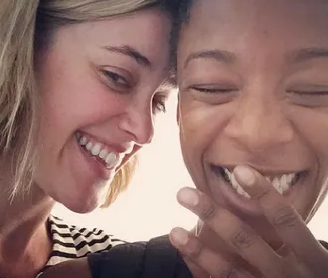 Samira Wiley Whom You Knew As Lovable And Charming Poussey On Orange Is The New Black And Whom You Can Soon Catch In Hulus New Series Adaptation Of The