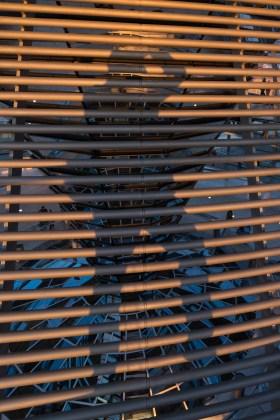 Selfie.Schatten auf dem Sonnenschutz der Reichstagskuppel, Berlin