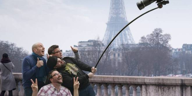 photography-hilarious-slefie-stick