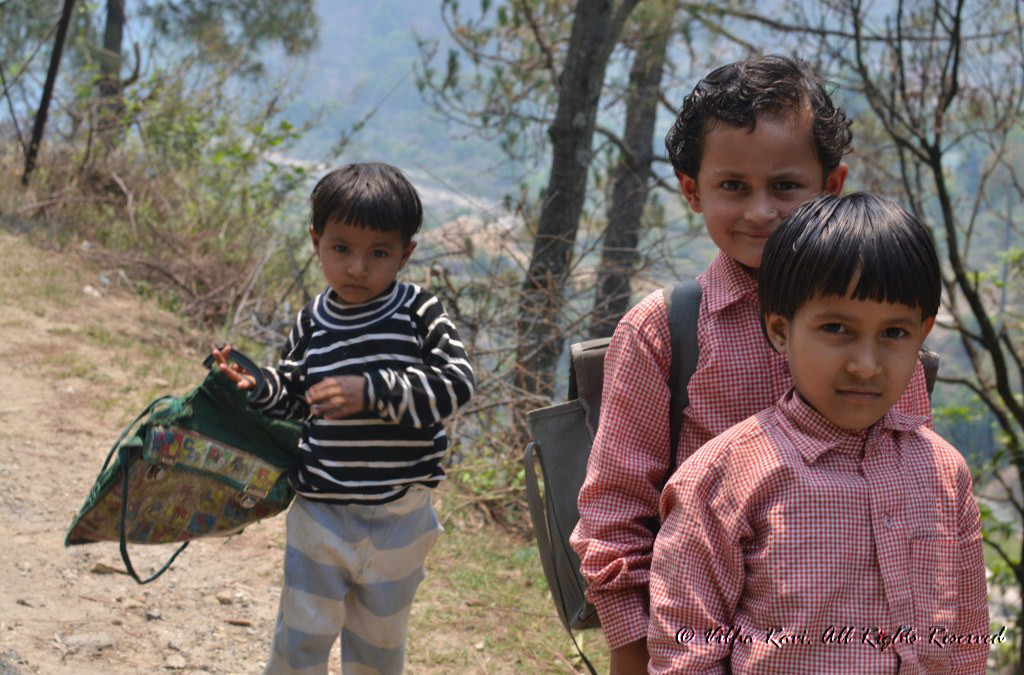Uttarakhand children going to school