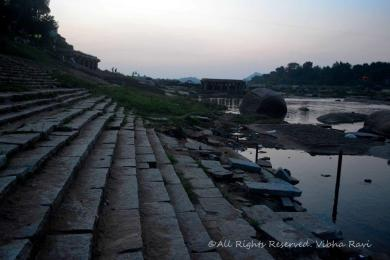 Ruins of more temples on the banks of the Tungabhadra