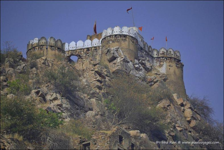 Bala Quila (fort) sits atop a 300 metre cliff. With 66 towers and 8 bastions, it extends 5 kms from North to South and 1.6 kms from East to West