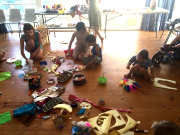 """Masking making""- an art workshop by Sarita & Pix"
