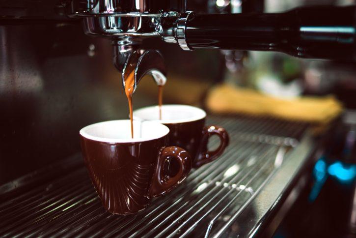 Hình ảnh miễn phí: cà phê espresso nóng, máy pha cà phê, cốc cà phê, nước giải khát, cà phê