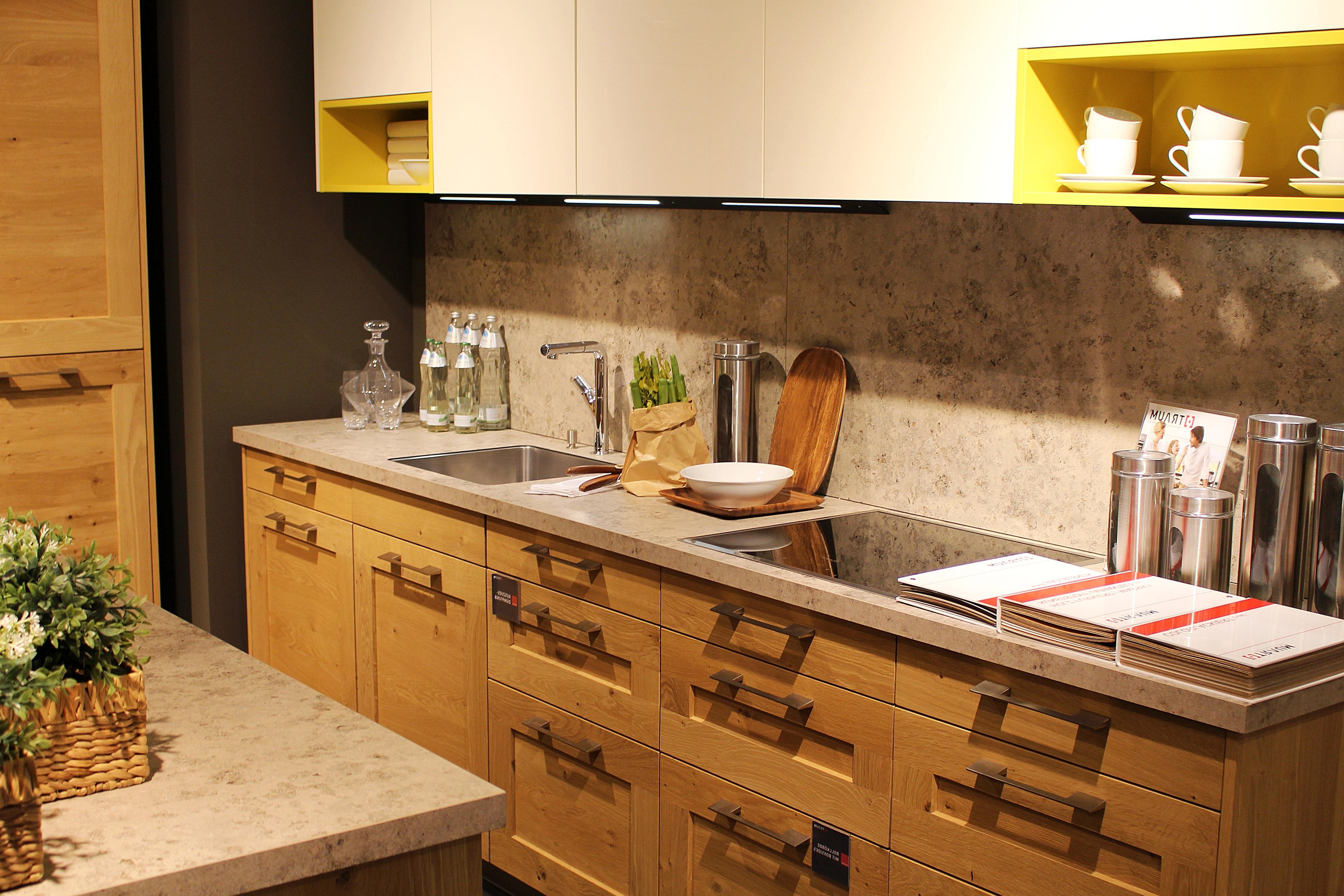 https pixnio com fr interieurs et exterieurs conception interior table de cuisine chambre cuisine mobilier a linterieur robinet armoire placard etagere