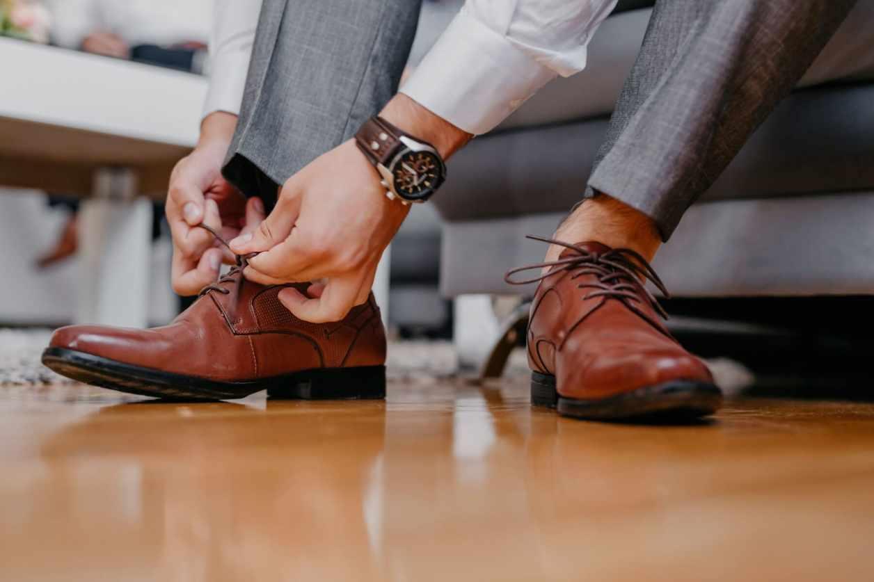 革靴、就活