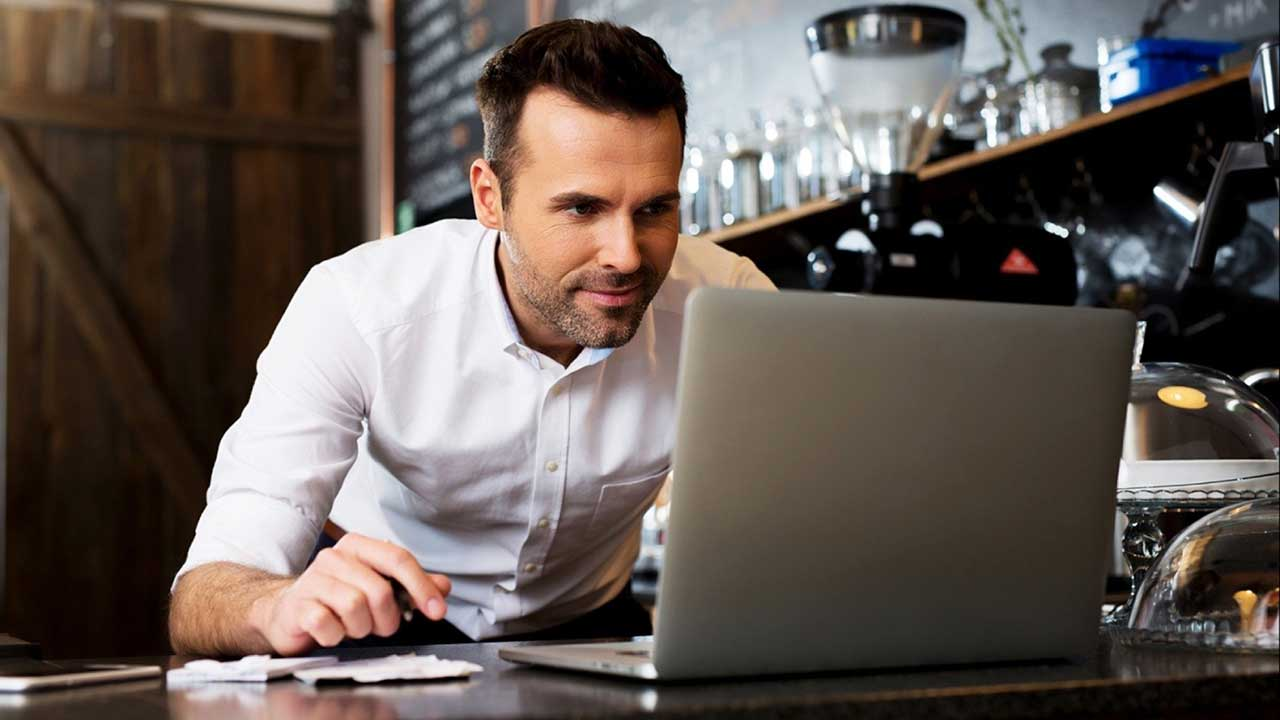 PixoLabo - 2021 Small Business Website Statistics