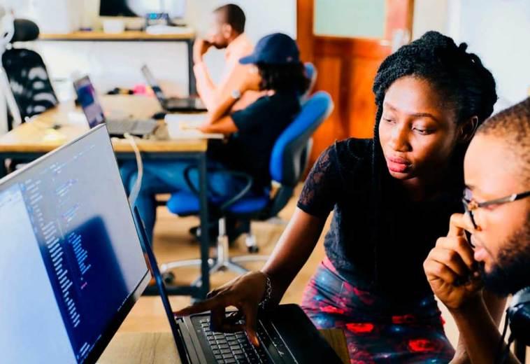 13 Benefits of Hiring a Professional Web Designer