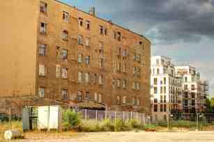 typische Mauer der Berliner Wohnhäuser
