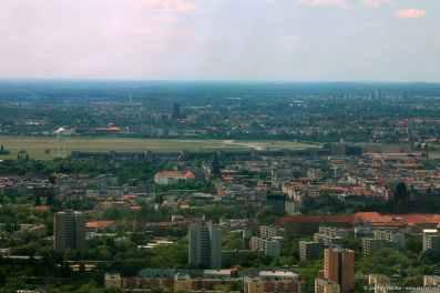 Blick zum Flughafen Tempelhof
