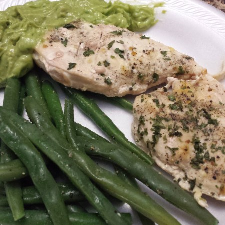 Baked chicken, guac and green beans