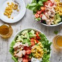 Tres aliños para este verano y una ensalada básica