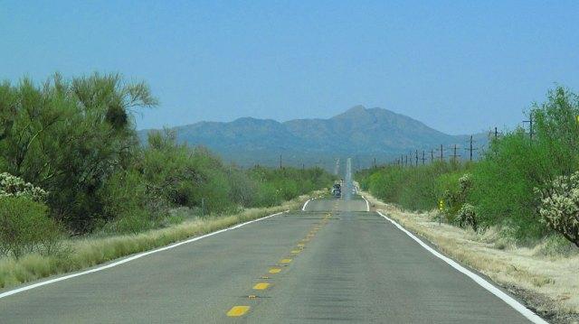 Globe Trekker extra photo: Highway 86 headed west toward Ajo.
