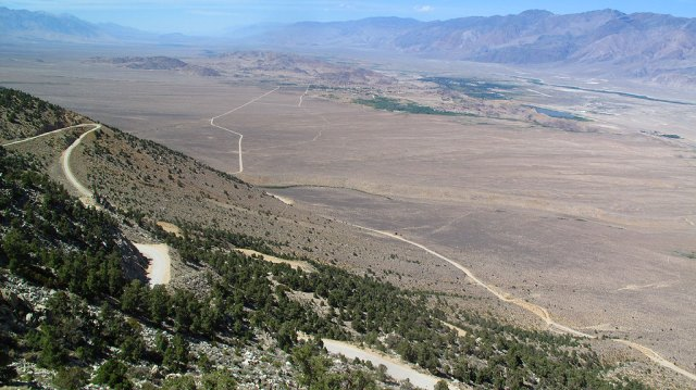 The road to Horseshoe Meadows climbs more than 6,000' in around 15 miles, topping out at just shy of 10,000'. The photo is looking north, up Owens Valley, toward the town of Lone Pine and the Alabama Hills. The Inyo Mountains are on the right.