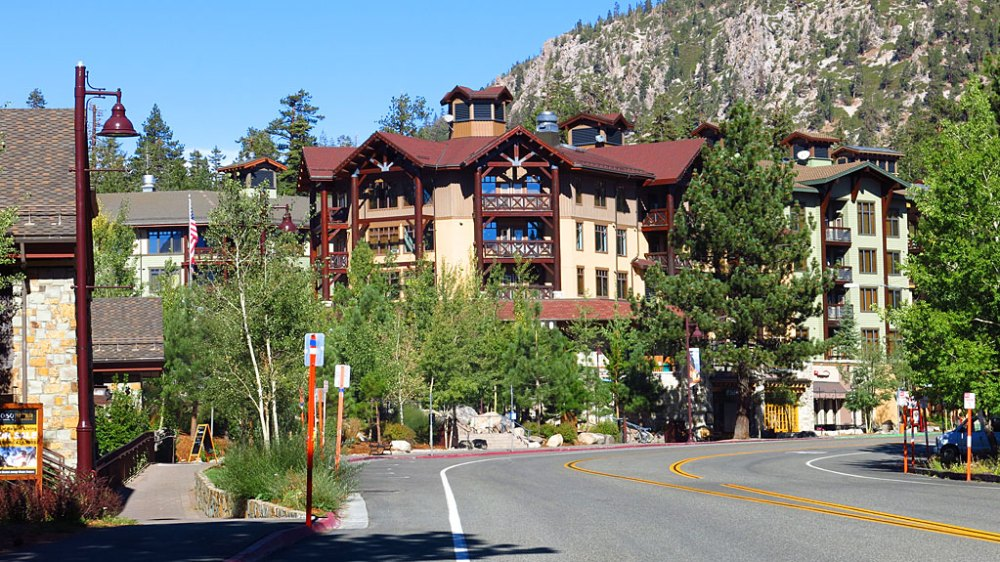 The Village in Mammoth Lakes was a ghost town after the mountain bikers left, and before the snow and skiers arrive. Many workers in town take advantage of the down-time to flee the town.