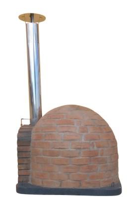 Holzbackofen mit isolierter Steinkuppel
