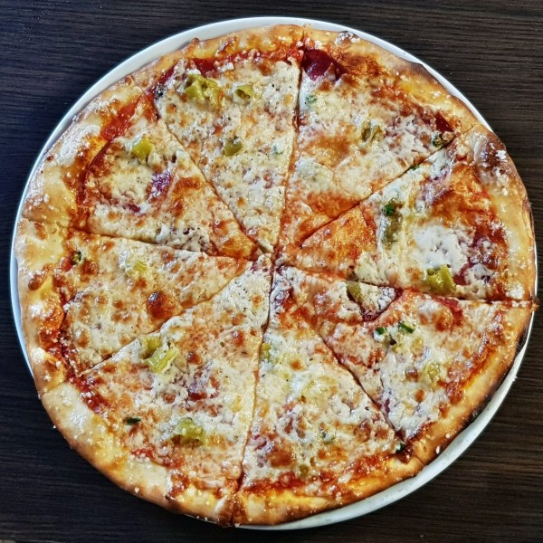 21. Pizza Salami 570g