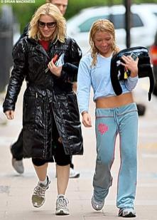 Queen Madonna og Tracy kátar eftir góða æfingu.