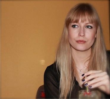 Vala Árnadóttir, hönnunartæknir, svolítið hugsi á svip... kannski er hún að hugsa um RFF ?