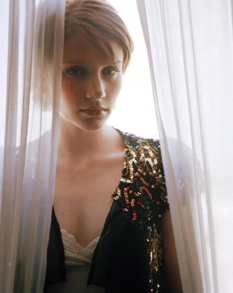 Bryce Dallas Howard 08 (Bar None Booze Revooze AlKHall)