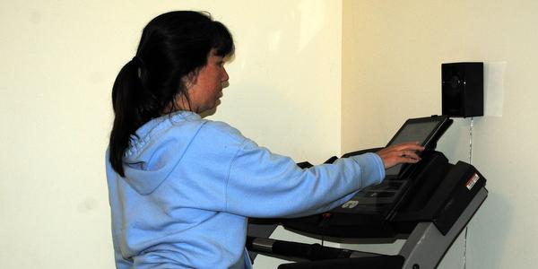 PJ Reading on Treadmill