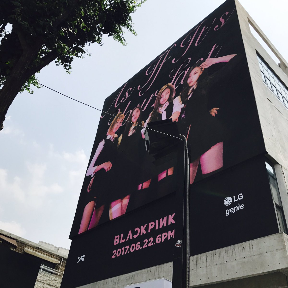 [FANTAKEN] BLACKPINK's Pop-Up Store