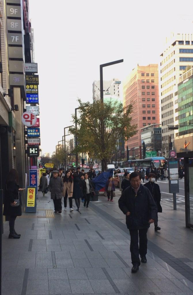 江南駅周辺の様子1
