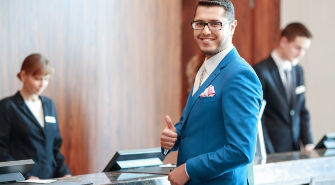 Hotelowa recepcja pomoże w przypadku gdy wystąpi overbooking