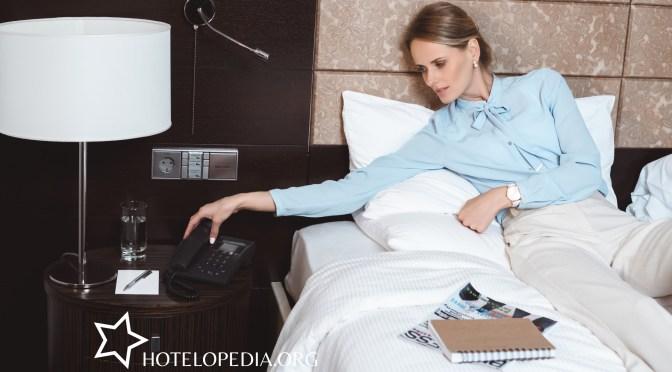 Telefon w hotelu