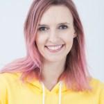 ula zawadzka różowe włosy aktorka actress pink hair