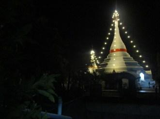 Thailand, Mae Hong Song, maart 2017 uitgelichte pagode, foto Arjan Schrier.