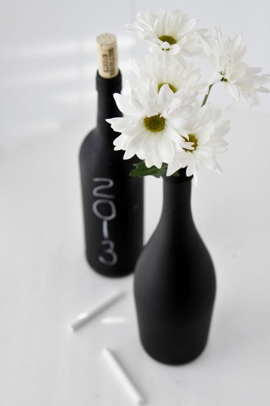 DIY-Chalkboard-Paint-Wine-Bottle