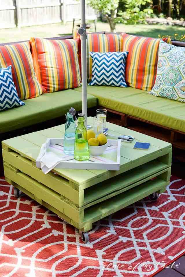 diy pallet furniture | a patio makeover