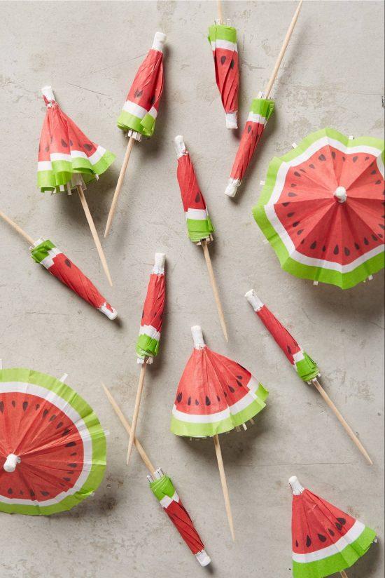 watermelon-cocktail-umbrellas