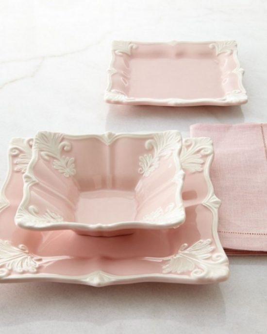 pink-Baroque-dinnerware