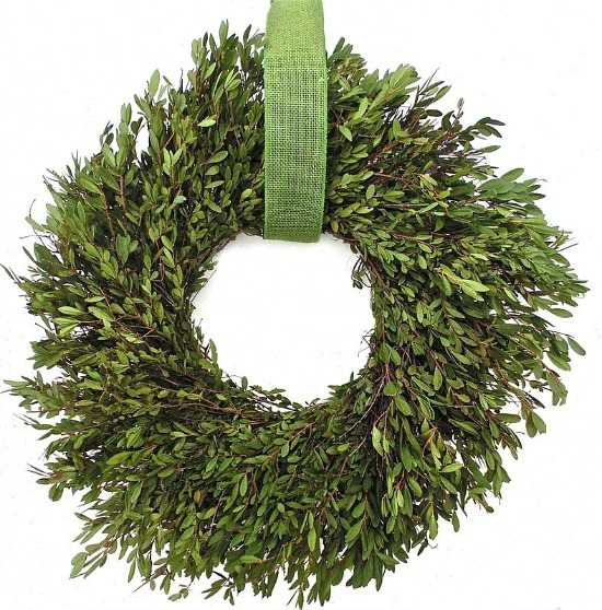boxwood-wreath-ribbon