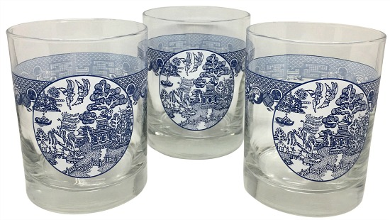 blue-white-chinoiserie-glasses-set-of-3