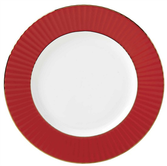 red-dinner-plate